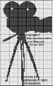 point de croix cinema | Grille gratuite point de croix : Cinéma - Caméra - Passion creative