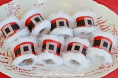 DIY Santa Napkin Rings DIY Santa Belt Decoration — Santa belt napkin rings from Jane at Cottage At The Crossroads. Santa Crafts, Christmas Paper Crafts, Christmas Projects, Holiday Crafts, Christmas Holidays, Christmas Decorations, Christmas Ideas, Christmas Games, Table Decorations