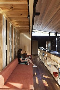 Under Pohutukawa Beach House by Herbst Architects   HomeDSGN