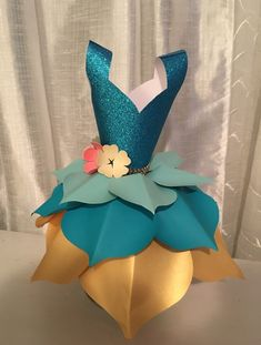 Welcome to Irlanda's Paper Flowers & Creations . Paper Flowers Craft, Paper Flower Backdrop, Flower Crafts, Foam Crafts, Diy And Crafts, Paper Crafts, Giant Paper Flowers, Paper Roses, Diy Tulle Skirt