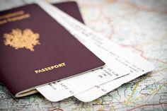 A compter du 1er septembre 2015, il faudra désormais obligatoirement apporter ses propres photos d'identité pour sa demande de passeport.