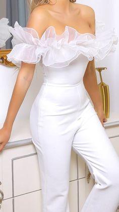 Classy Outfits, Beautiful Outfits, Stylish Outfits, All White Party Outfits, White Outfits For Women, Party Outfits For Women, Classy White Dress, White Mini Dress, Girls Fashion Clothes
