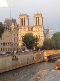 Tower Bridge, Notre Dame, Paris, Building, Travel, Montmartre Paris, Viajes, Buildings, Paris France