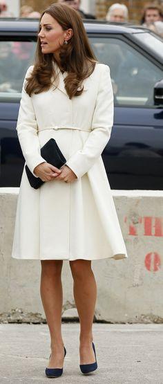 Si c'est une fille, l'enfant de Kate Middleton et du prince William rapportera des millions   Vanity Fair