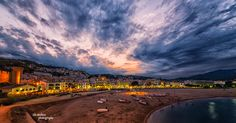 Tossa de Mar at sunset - #Spain #photography #sunset #sea #AlexBobica