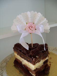 Pretty fan Cupcake Toppers