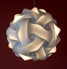 Loomi is a modular, makeable, paintable, recyclable light that  is made up of interlinking quadrilaterals that easily connect to create wonderful lights of all shapes and sizes which look beautiful just about anywhere. #Light #Modular #Loomi