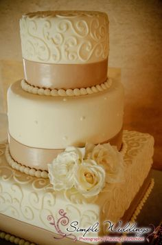 This creme and beige wedding cake perfectly complements the understated decor at the Powel Crosley mansion near Sarasota, FL!