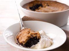 Blueberry pie - Mustikkakukko www. Tasty, Yummy Food, Spanakopita, No Bake Desserts, Soul Food, Blueberry, Oatmeal, Recipies, Food And Drink