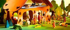 lots of seasonal crafts for kids