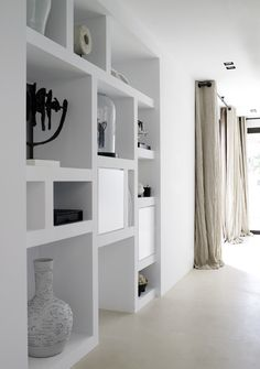 Piet Boon Styling by Karin Meyn | Styling with cream, black, and white