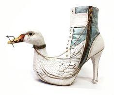Duck shoe.  #shoelovin #schoenen #demensenzijnschoen #peopleandtheirshoes #happyfeet #schoen #schuhe #shoegasm #schuhemachenglücklich #highheels #feet #shoesoftheday #shoeaddict  #specialshoes #whatsonmyfeet #iloveshoes #shoelovers #shoeshine #shoeporn #shoestyle #instashoes #shoeselfie #people #duck #eend