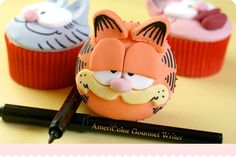 Fondant Cup Cakes Garfield