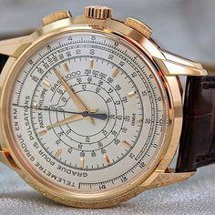 The 5975, 400 pieces in red gold made for Pateks 175th anniversary #patek #patekphilippe #dailywatch #wotd #watchmania #watchaddict #montre #uhren #reloj #chrono #chronograph #lovewatches #watchs #watches #wristwatch #wristporn #wristcandy #wristgame #watches #watchnerd #watchporn #horloge #horlogerie #watchesofinstagram #watchoftheday #watch #geneva #london