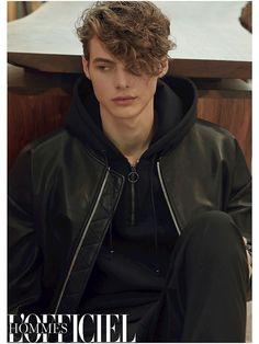 Darwin Gray | Storm Models