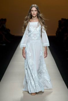 Spring/Summer 2015 - ALBERTA FERRETTI boho wedding dresses