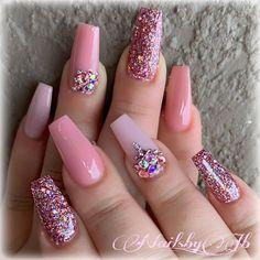 Beautiful nail art design to try this season - long coffin nails , autumn nails ,nail colors, fall n Cute Acrylic Nails, Acrylic Nail Designs, Cute Nails, Nail Art Designs, Nails Design, Pink Nails, Glitter Nails, My Nails, Red Nail