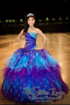 Quinceanera hair and Make-Up. Quinceanera Fashion show