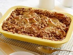 French Toast Casserole with Brown Sugar-Walnut Crumble Impress your guests this year at Easter brunch! Check out Food Network's recipe for French Toast Casserole with Brown Sugar-Walnut Crumble to add to your menu! Cinnamon Roll French Toast, Overnight French Toast, French Toast Bake, French Toast Casserole, Easy Carrot Cake, Best Breakfast Casserole, Chocolate Pie Recipes, Just Bake