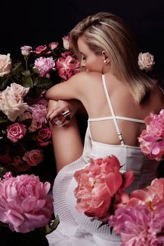 Viktor & Rolf 'Flowerbomb' on www.oraclefox.com.. Creative Concept & Direction by Amanda Shadforth, Photography by Tane Coffin..