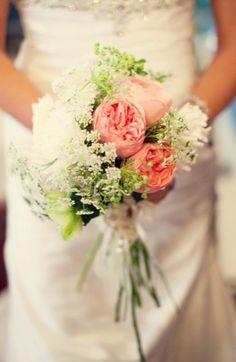 babys breath, bouquets, peach, pink, poeny, ranunculus, romantic, white, fleur de lis, floral print, flowers,