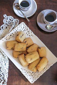 I Biscotti Sempre Freschi sono dei dolcetti che ricordano le ricette della nonna. Sono veloci da preparare e restano freschi e deliziosi per molti giorni.
