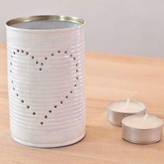 Etape 6 : Placer une bougie chauffe-plat à l'intérieur