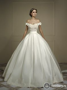 Cheap bridal gown, Buy Quality gown wedding directly from China ball gown wedding dresses Suppliers: Robe de mariage 2017 Vintage Ball Gown Wedding Dresses Off the Shoulder Vintage Appliques Wedding Dress Bridal Gowns Customize Wedding Dress With Veil, Princess Wedding Dresses, Elegant Wedding Dress, Cheap Wedding Dress, Dream Wedding Dresses, Bridal Dresses, Wedding Gowns, Lace Wedding, Vintage Ball Gowns