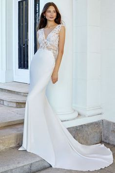 Find your dream Fit and flare gown. Justin Alexander Adore style 11105 is the perfect wedding dress. Wedding Dress Backs, Wedding Dress Pictures, Perfect Wedding Dress, Bridal Wedding Dresses, Dream Wedding Dresses, Gown Gallery, Bridal Gallery, Fit And Flare, Justin Alexander