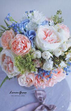 Flower Bouqet, Beautiful Bouquet Of Flowers, Flower Bouquet Wedding, Beautiful Flowers, Bride Bouquets, Floral Bouquets, Fantasy Wedding, Dream Wedding, Belle Image Nature