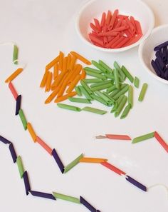 Rainy day? Stuck inside? Here's an arts and crafts pasta project to enjoy with your kindergartener that helps her with math patterns too.