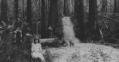 The very first Slender Man sighting. :: Even though I know Slender Man was created by guys on Something Awful, he still scares the bejeezus out of me. Slender Man, Dark Fantasy, When You See It, Creepy Stories, Ghost Stories, Jeff The Killer, Urban Legends, Aliens, Supernatural