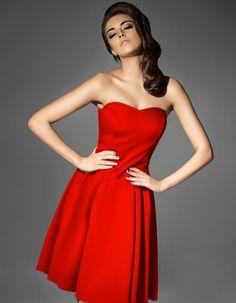 607396388e Sukienka gorsetowa rozkloszowana czerwona Red Kamikze