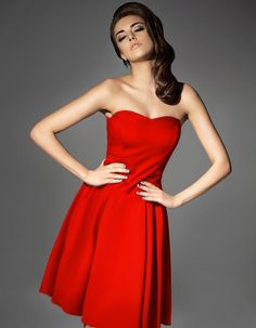 Sukienka gorsetowa rozkloszowana czerwona Red Kamikze