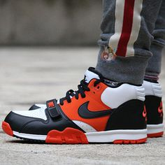 quality design 8e8ea 3a1a8 NIKE AIR TRAINER 1 MID ORANGE BLACK WHITE 317554 800   120 New Nike Shoes,