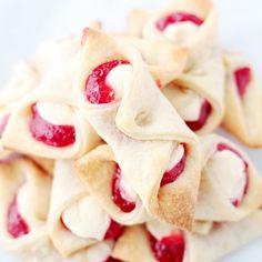 Pasteles de queso crema de la fresa Receta | Diethood