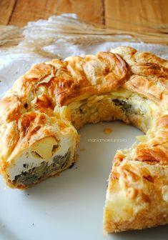 Empanadas, Focaccia Pizza, Romanian Food, Antipasto, Easter Recipes, Finger Foods, Italian Recipes, Great Recipes, Buffet