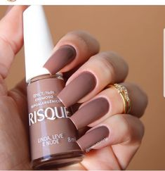 Maybe you have discovered your nails lack of some trendy nail art? Sure, recently, many girls personalize their nails with lovely … Trendy Nail Art, Stylish Nails, Nails Polish, Toe Nails, Ongles Beiges, French Gel, Nail Paint Shades, Nagel Hacks, Thanksgiving Nails