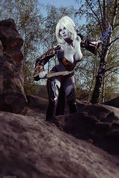 Cosplay Lineage 2: Dark Elf by ~AsherWarr hottie