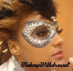 Make-up-Widerrufsrecht: Jeweled Black / Silver Mardi Gras Mask! Cosplay Makeup, Costume Makeup, Rave Make Up, Masquerade Makeup, Masquerade Wedding, Masquerade Ball, Halloween Make Up, Halloween Face Makeup, Make Up Black