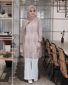 Image may contain: 1 person, standing Hijab Gown, Hijab Dress Party, Hijab Style Dress, Casual Hijab Outfit, Kebaya Modern Hijab, Kebaya Hijab, Kebaya Dress, Muslim Fashion, Hijab Fashion