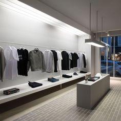 Han Kjøbenhavn, Paris Store