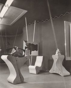Frederick Kiesler, Art of This Century, view into the Abstract Gallery, New…