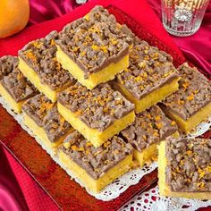 Saffransrutor med kanelfras & apelsinrasp Christmas Sweets, Christmas Baking, Xmas, Christmas Ideas, Bagan, Candy Recipes, Baking Recipes, Gluten Free Vegetarian Recipes, Cake Bites