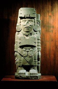 most Toltec-like elements in this piece are the butterfly-shaped ornaments it carries on both its forehead and chest. Ancient Aliens, Ancient Art, Aztec Architecture, Maya, Prison Art, Aztec Culture, Aztec Warrior, Aztec Art, Mystery Of History