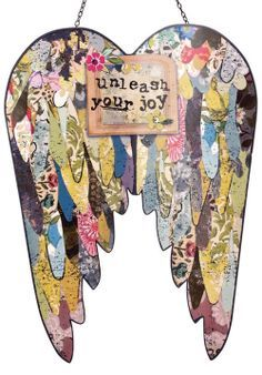 Kelly Rae: Introducing these AWESOME metal wing sculptures. Friends, these are crazy cool. From my line with Demdaco Angel Wings Art, Angel Art, Angel Decor, Kelly Rae Roberts, Paper Art, Paper Crafts, Frida Art, Metal Wings, Angel Crafts