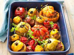 Elles sont là, et bien là, les tomates de l'été ! Cette année comme les autres, on va les bichonner : une farce gourmande, un accompagnement léger et savoureux,...