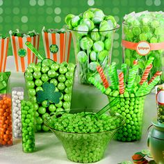 There's something sweet at the end of our rainbow! Fill up clear containers with green candy like jelly beans, candy sticks, gumballs and more! Now that's a St. Paddy's Day Candy Buffet!