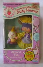 1983 STRAWBERRY SHORTCAKE PARTY PLEASER ALMOND TEA with MARZA PANDA: MINT IN BOX