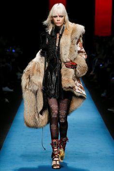 Sfilata DSquared2 Milano - Collezioni Autunno Inverno 2016-17 - Vogue